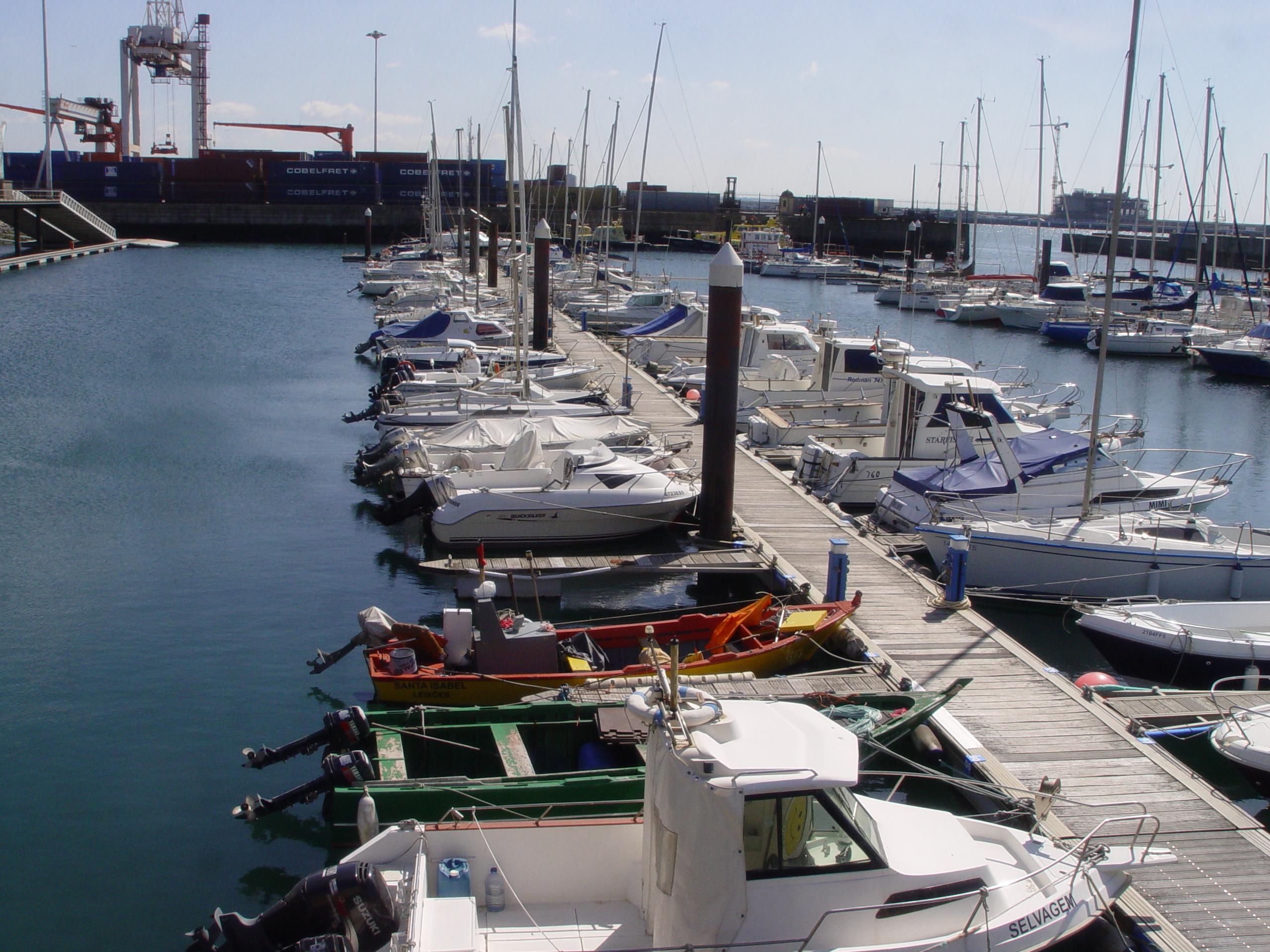 Pontoon B - Marina Porto Atlântico
